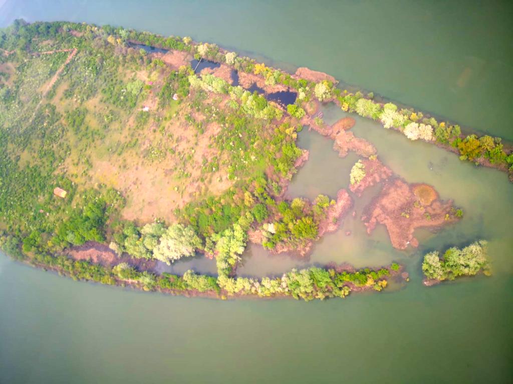 Insula Șimian - vedere din avion