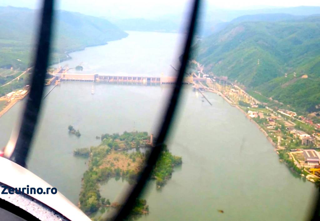 Hidrocentrala Porțile de Fier 1 și Insula Golu, vedere din avion