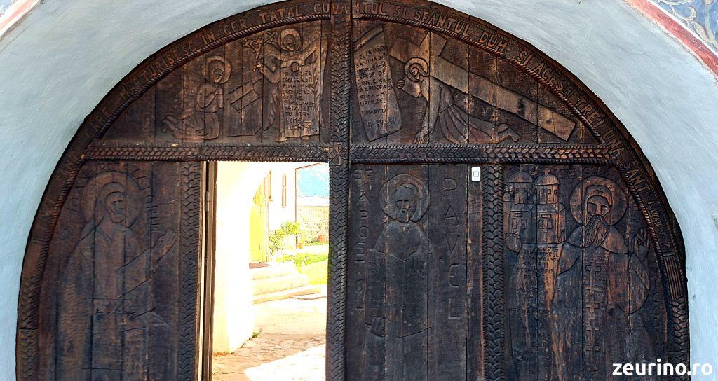 Poarta Mănăstirii Topolnița - Schitul Topolniței